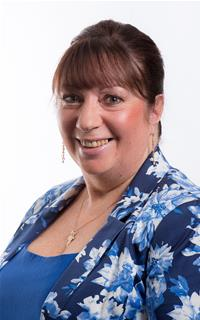 Councillor Angela Dickinson
